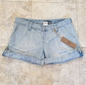 Refuge NWT Light Blue Jeans Short Shorts! Nice!